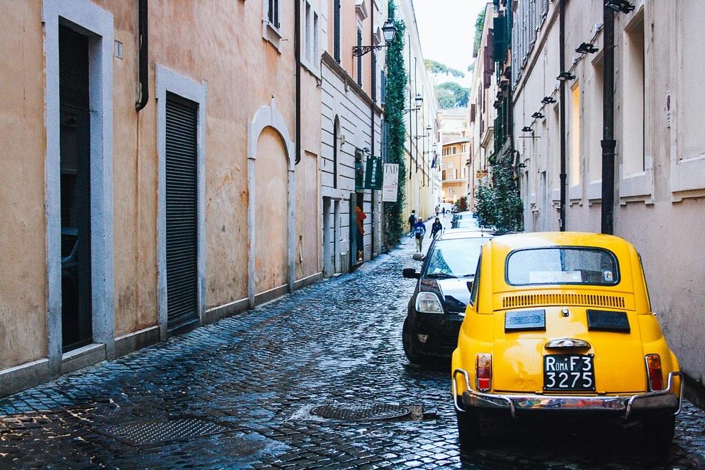 rue piazza navona rome